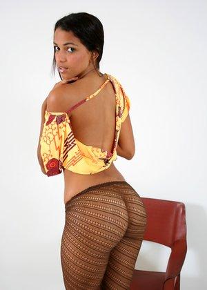 Non Nude Latinas Pics